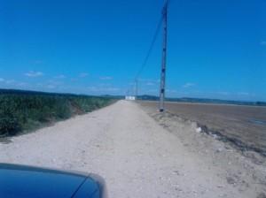 Estrada de Terra Batida para chegar á praia Fluvial