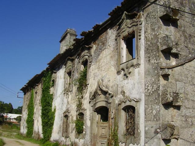 mosteiro-santa-cruz-trapa