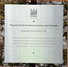Placa inauguração da Praia Fluvial da Nossa Senhora da Piedade